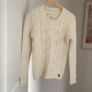 Abercrombie ivory wool blend sweater